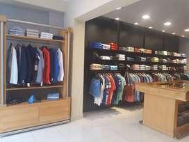 Vendo muebles para local de ropa