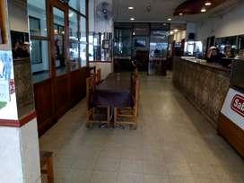 Fondo de comercio! Importante café restaurante capacidad para 60 personas