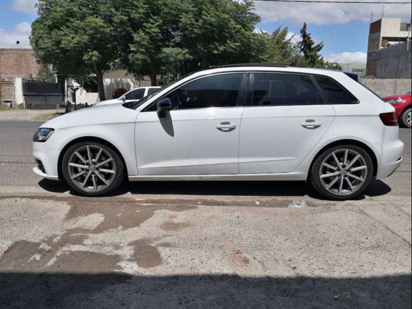 Audi a3 full año 2018 en impecable estado 0