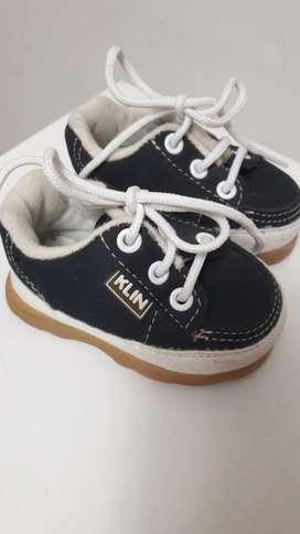 Zapatillas Bebe Importadas sin Uso