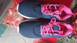 Zapatos deportivo damas 7-8
