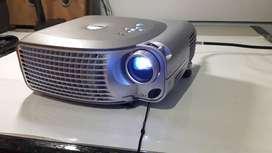 Proyector Dell 1200mp videobeam con control y maleta