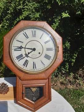 Antiguo Reloj De Pared Waterbury Clock