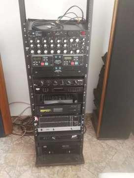 Se vende equipo de sonido antiguo, en excelente estado