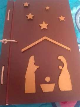 Novena navideña portada en madera