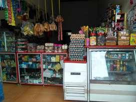 vendo tienda y  miscelanea  bien ubicada negociable