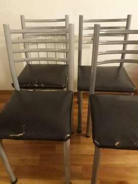 Vendo 4 sillas de caño usadas