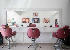 Urgente solicitamos estilistas integrales, barberos y manicuristas para trabajar zona 170