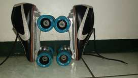 Patines con roles 3A