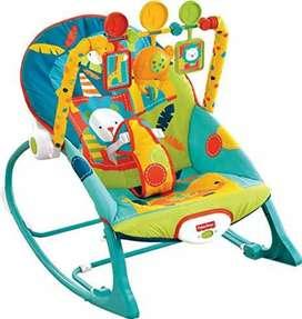 Silla mecedora para recien nacidos y bebés grandes marca Fisher Price
