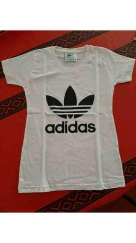 Remera Adidas Logo grande