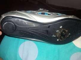 Vendo Zapatillas de ruta o para mtb talla 36 Diadora marca