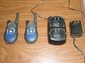 Walkie Talkie Motorola Talkabout T6530 2 Unidades C/cargador