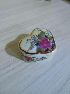 Joyerito en porcelana nuevo