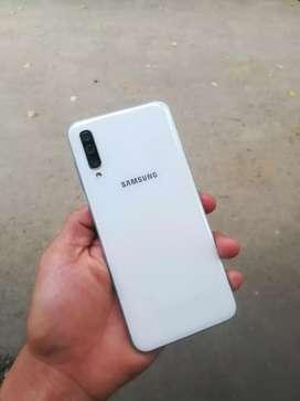 SAMSUNG A50 COMO NUEVO LEGAL 64GB 4GB RAM HUELLA EN LA PANTALLA