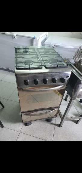 Estufa en acero inoxidable con encendido