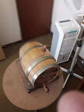Vendo barril decorativo