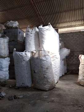 Operador, limpieza de materiales de Reciclaje