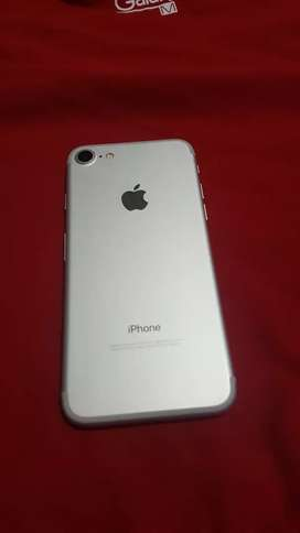 Iphone 7 32GB gris/negro solo WI-FI