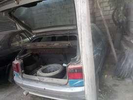 Vendo Citroen zx del 92 está de reparar y tres años de matrícula  para repuestos