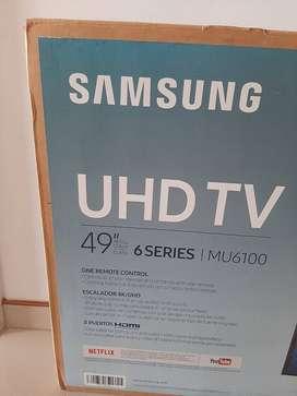 "Vendo para repuestos smart TV Samsung UHD de 29"" 6 series modelo MU610, con pantalla rota."