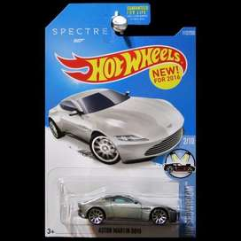 Hot Wheels Aston Martin DB10 James Bond 007 Spectre