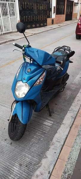 Vendo moto akt dynamic R 125