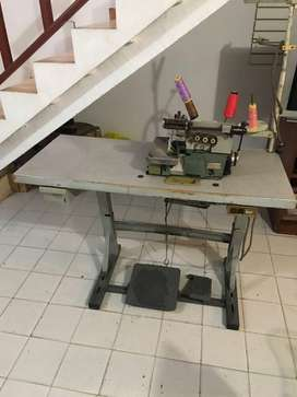 Maquina de coser pagasus en