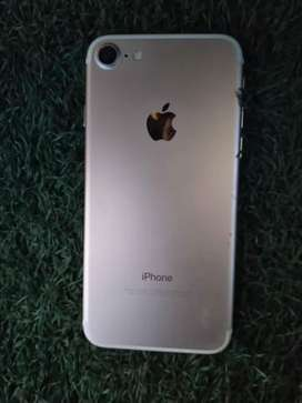 Iphone 7 incluye caja cargador