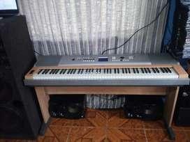 PIANO DGX 630 YPG 635