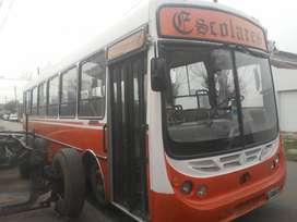 Vendo Micro Escolar M. Benz 1418 año 2008 titular
