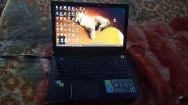Vendo laptop toshiba satellite p551-c5114