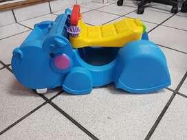 Vendo Hipopótamo caminador marca Fisher Price