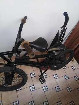 Bicicleta bike más palo de billar