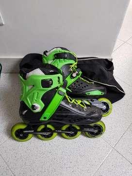 Se venden patines canariam casi nuevos, e incluye maleta
