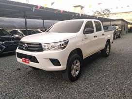 TOYOTA HILUX 2018 4X4 MANUAL