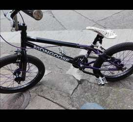 Vendo bicicleta MONGOOSE