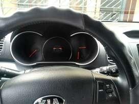 Kia Sorento Lux 2014 secuencial con gps4WD 3 filas aciento de cuero, encendido sin llaves,equipo d sonido mp3 con vídeo