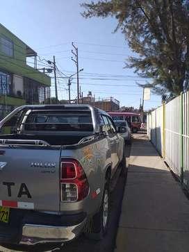 Toyota hilux todoterreno  4x4