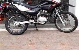 Vendo moto honda 150xr en perfecto estado.