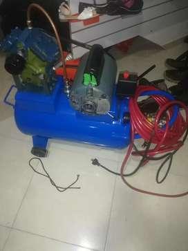 Vendo compresor original con motor de mula garantizado lo doy barato