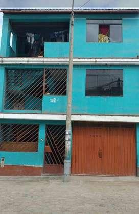 Precio de ocación. Se vende casa de 3 pisos más sótano en San Juan de Miraflores