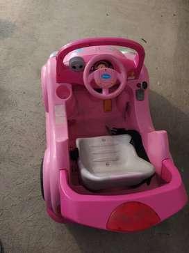 Carro rosado a batería