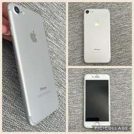 En venta iphone 7 color plata de 256 GB