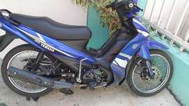 Vendo moto cripton 2014