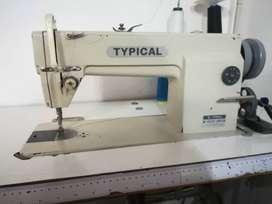 Maquina plana Typical GC6-18H Usada