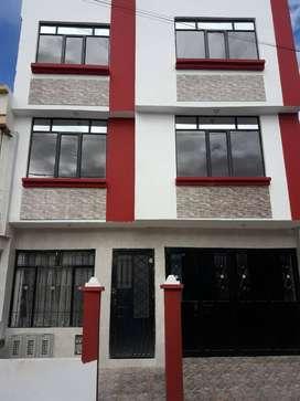 Venta de casa , 3 pisos independientes en Mercedario