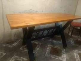 Mesa hierro y madera a medidas