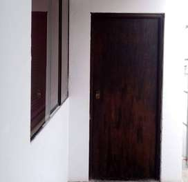 Solo Habitaciones alquiler con Cocina,Lavanderia,Mesa,Bancas,Therma,Wifi