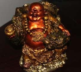 Buda de yeso con Dragón, policromado 200